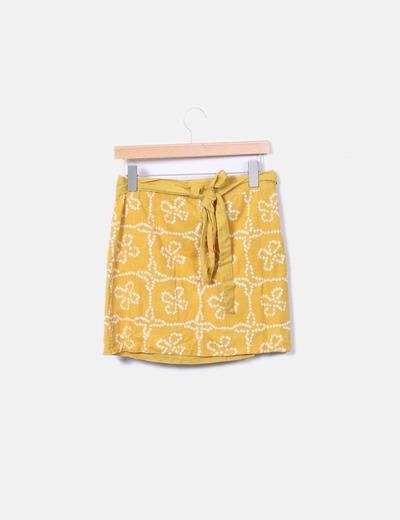 Falda amarilla estampada cruzada