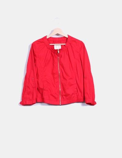 bajo precio 5d2bf 131da Chaqueta roja con cremallera