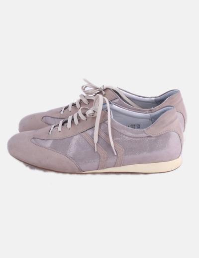 Sneaker rosada con glitter