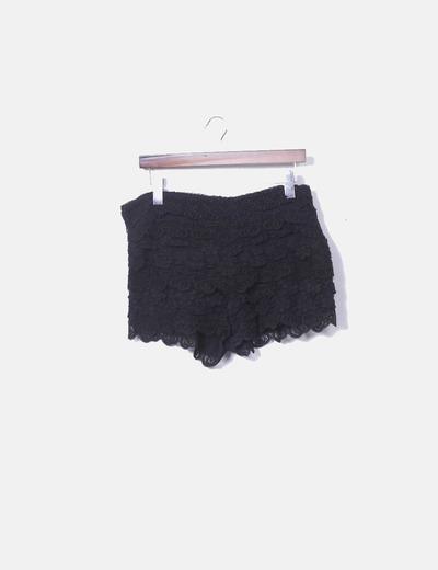 Shorts crochet negro