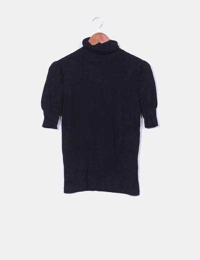Jersey negro cuello vuelto  NoName