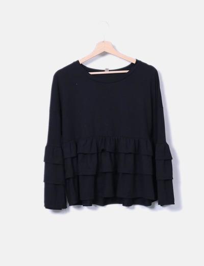 Blusa negra manga larga con volantes NoName