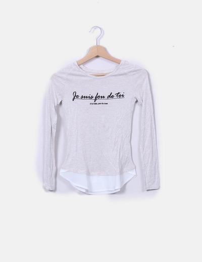Camiseta beige jaspeada con letras Bershka