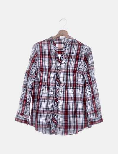 Camisa de cuadros cuello pico