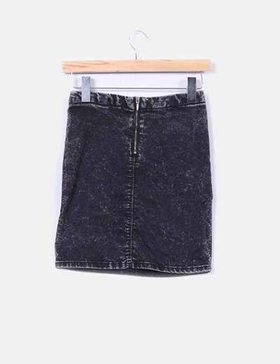 1cc0d2f52f Bershka Falda negra efecto desgastado (descuento 89%) - Micolet
