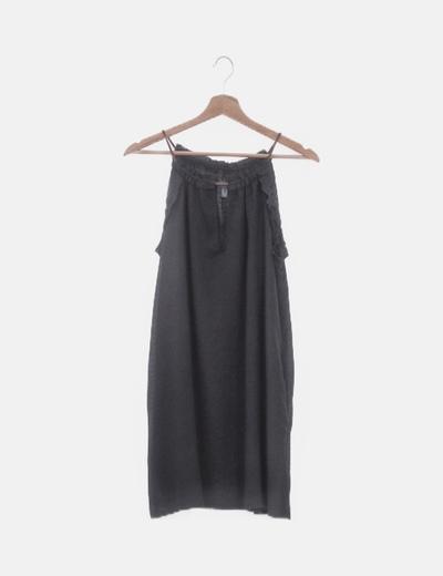 Vestido negro recto manga sisa