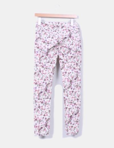 Pantalon pitillo floral