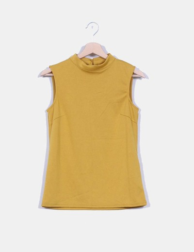Camiseta mostaza sin mangas VILA