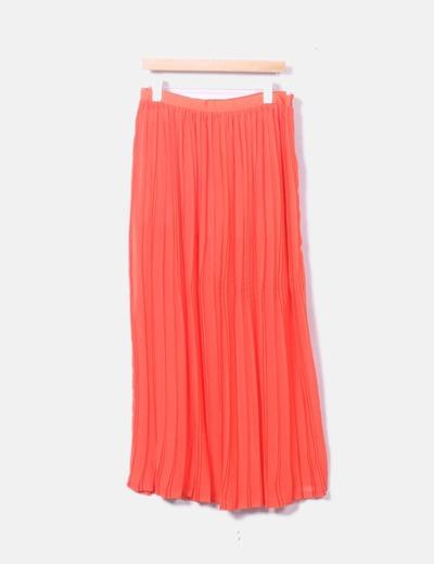 Falda maxi roja plisada