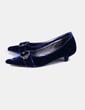 Sapato de veludo azul terminado em ponta Bimba&Lola