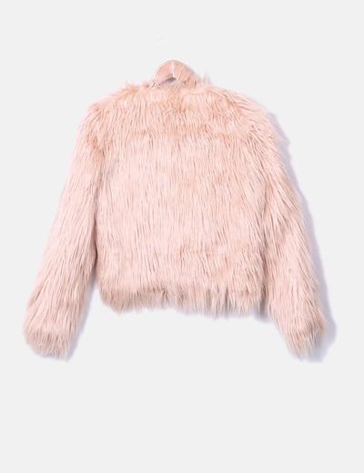 Abrigo rosa pelo largo
