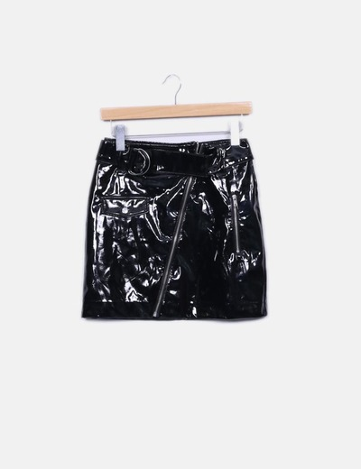 Minifalda negra acharolada H&M