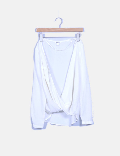Blusa blanca semitransparente
