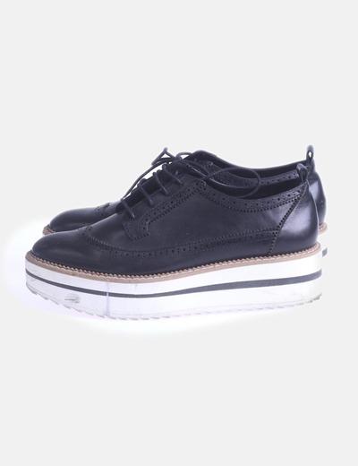 Zapatos blucher negros con plataforma