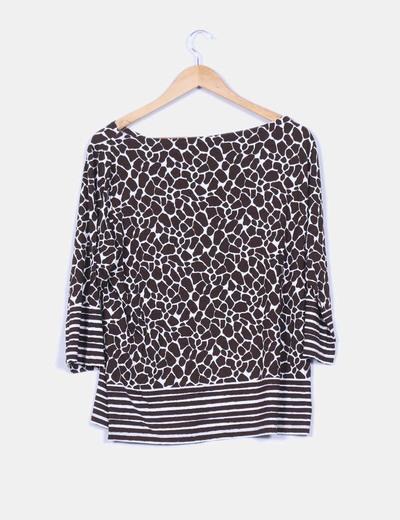 Camiseta animal print jirafa con rayas
