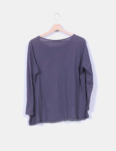 Camiseta gris marengo floreada