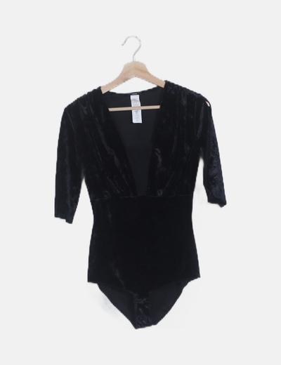Body negro combinado velvet