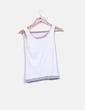 Camiseta beige canalé detalle gris Lacoste