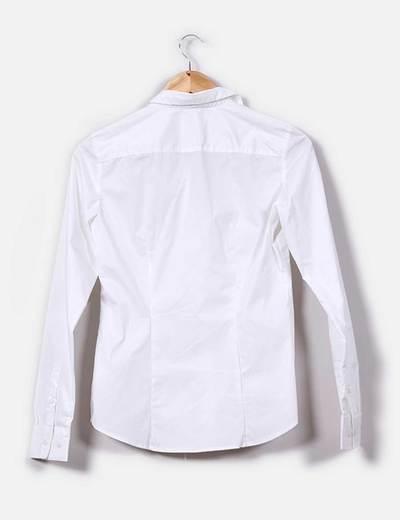 Camisa entallada blanca