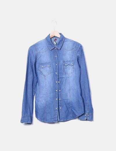 Camisa denim azul medio Stradivarius