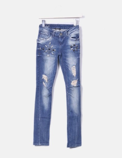 Jeans ripped detalles metalicos