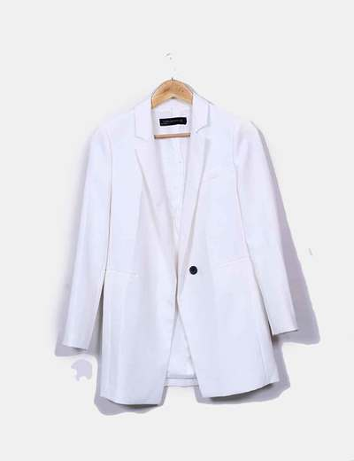 Levita blanca Zara