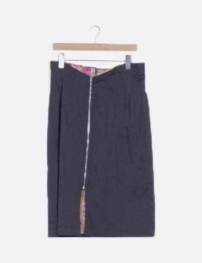 Falda maxi negra estructurada