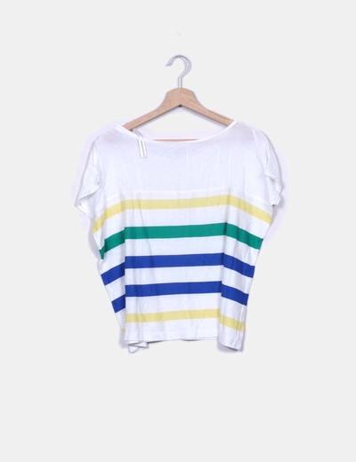 Camiseta blanca oversize de rayas