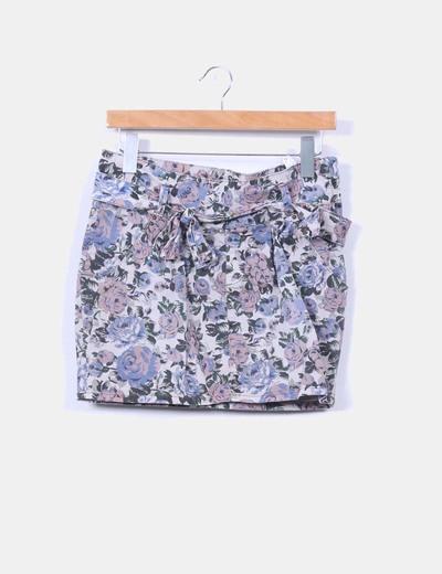 Falda mini floral Pull&Bear