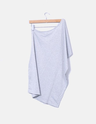 Camiseta plateada asimetrica