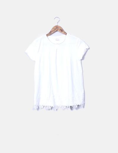 Top blanco combinado con encaje Zara