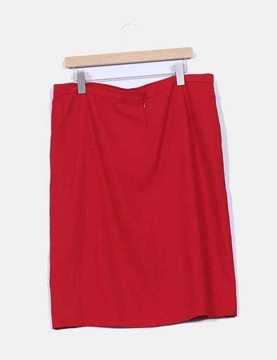 Falda roja lisa