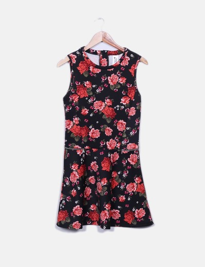 Vestido negro floral C&A
