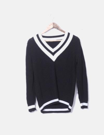 Jersey tricot negro cuello pico