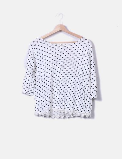 Camiseta blanca con topos Pull&Bear
