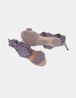 Sandalia plana gris de tela Bershka