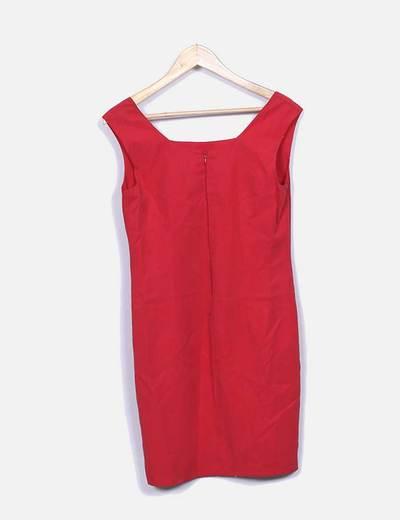 Vestido rojo midi escote cuadrado