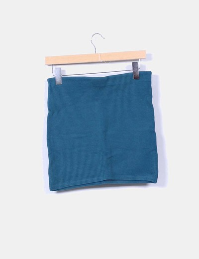 Mini falda verde ajustada