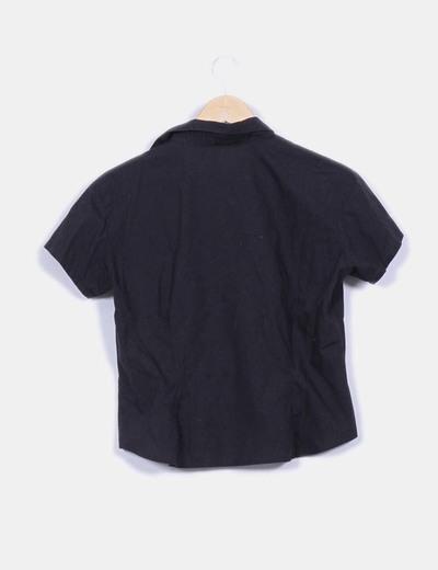 Camisa negra manga corta