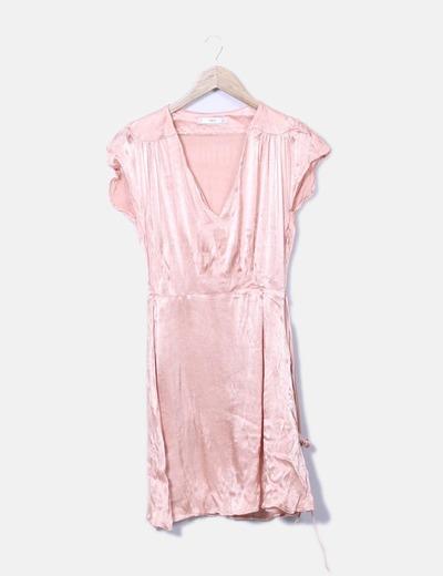 Vestido fluido rosa satinado Mango