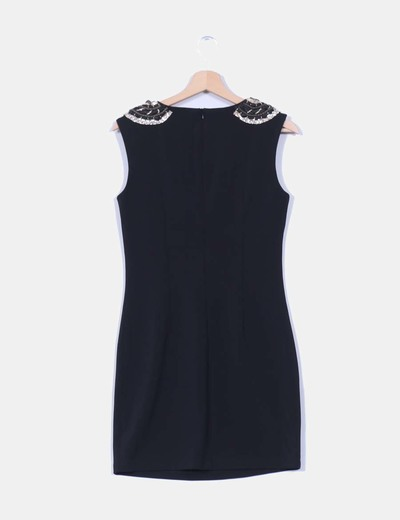 Vestido negro detalle paillettes