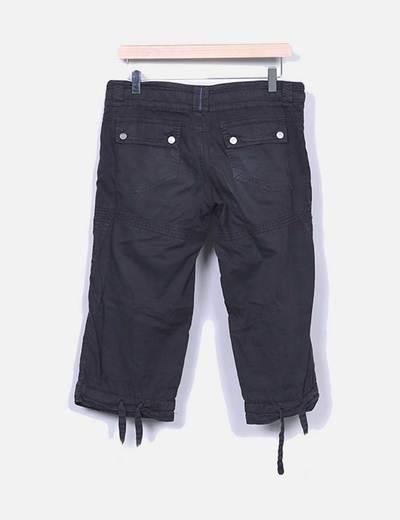 Pantalon negro pirata