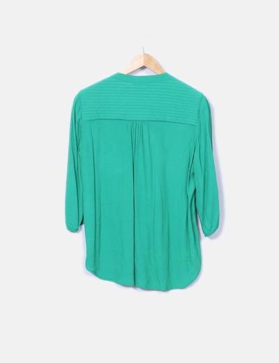 Camisa verde con cremallera