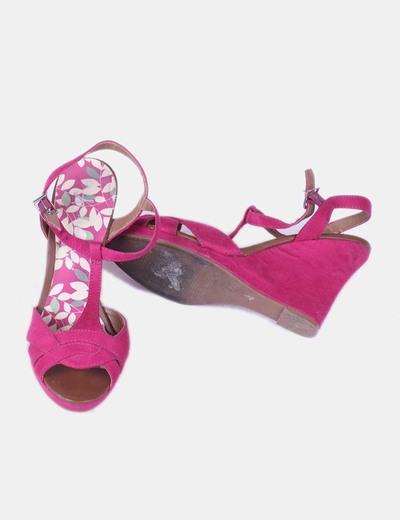 Sandalia de cuna rosa fucsia