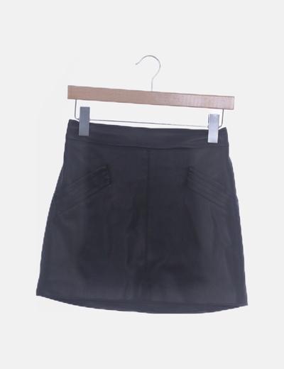 Falda mini polipiel negro