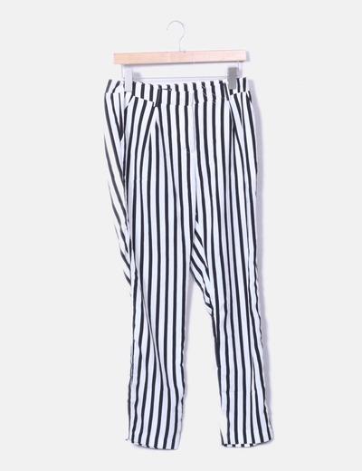 Pantalons slim Ginatricot