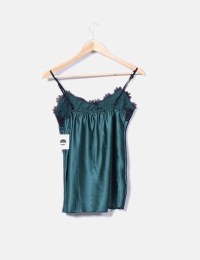 Blusa verde saten detalle crochet