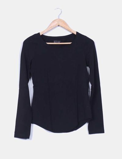Camiseta básica negra manga larga   Stradivarius
