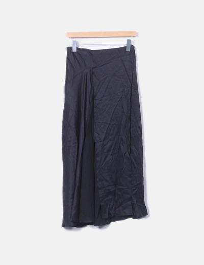 Falda maxi satén negro con aberturas Zara