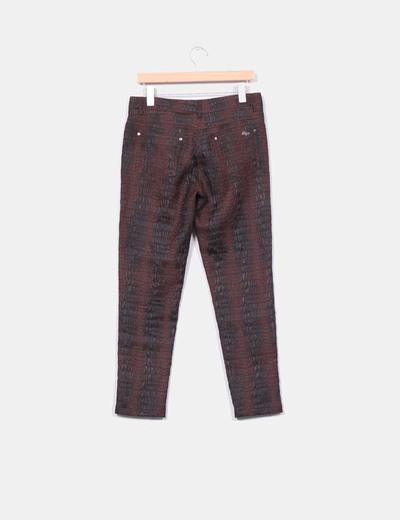Pantalon marron texturizado